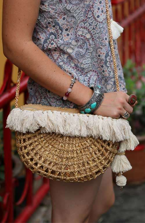 Cross Body Straw Bag - Creamed Tassel