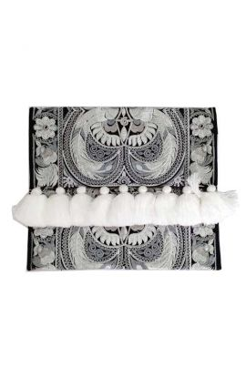 Lioness Oversized Clutch - Hmong Bird
