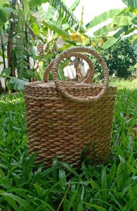 Straw Barrel Top Handle Handbag